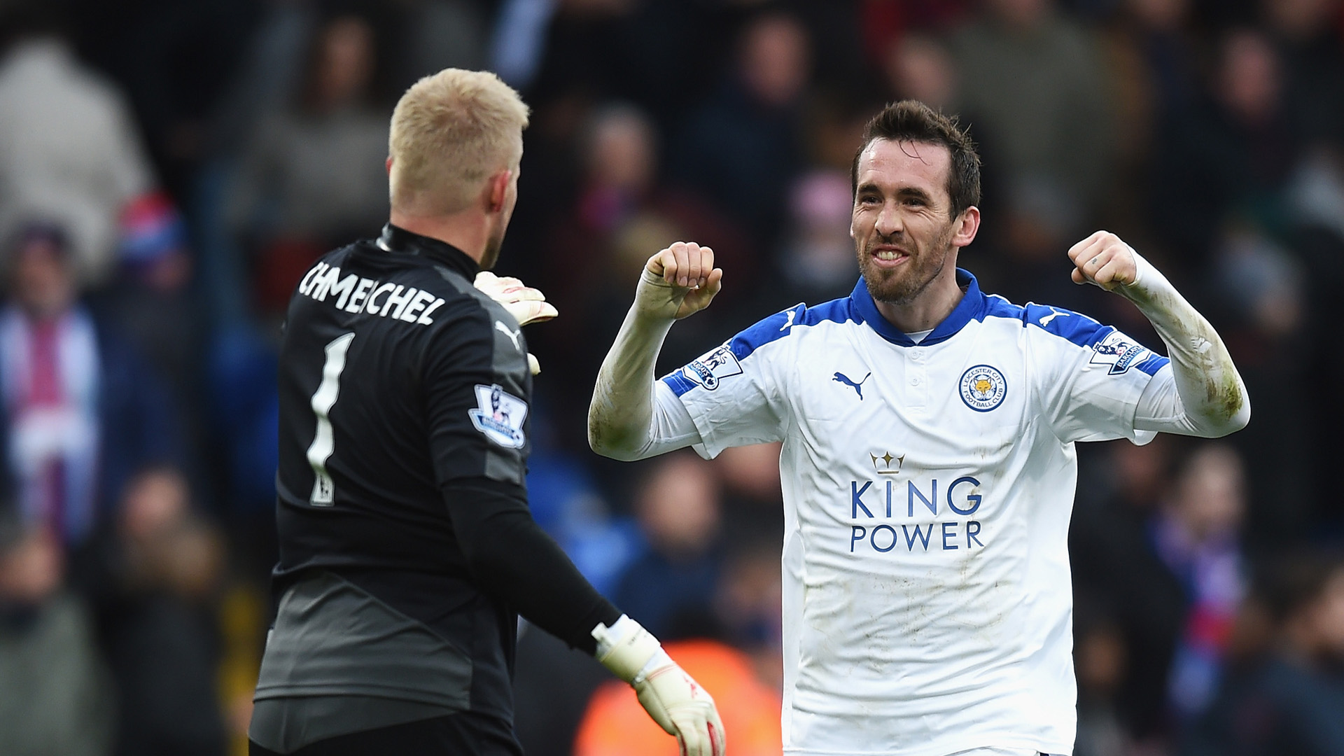 LONDON, ENGLAND - MARCH 19: Kasper Schmeichel (L) and Christian Fuchs (R) of Leicester City celebrate their 1-0 win in the Barclays Premier League match between Crystal Palace and Leicester City at Selhurst Park on March 19, 2016 in London, United Kingdom. (Photo by Michael Regan/Getty Images)