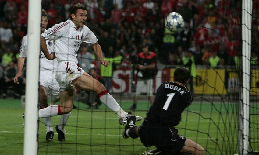 Dudek makes the hand of pope save